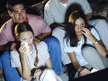 Телевидение обвинили в провоцировании коллективной психической травмы