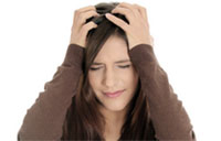 Мигрень с аурой может привести к сердечному приступу и тромбам у женщин