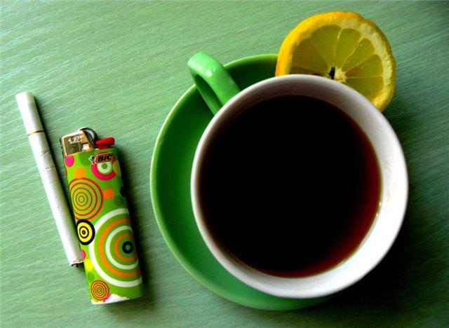 Болезнь Паркинсона реже поражает курильщиков и любителей кофе — врачи