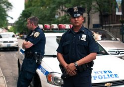 Нью-Йорк: полицейские будут спасать наркоманов от передозировки