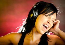Громкая музыка после 30 лет чревата звоном в ушах и …депрессией