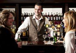 Алкоголизм: ученые открыли бар, чтобы изучать пьяниц в естественной среде