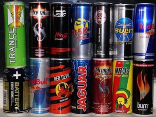 Депутаты требуют запретить продажу алкогольных энергетиков