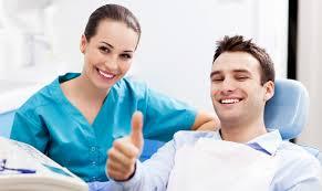 Безболезненное удаление зубов в «Астра Дент»