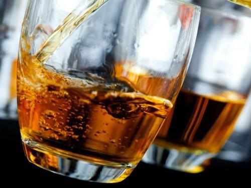 Можно ли принимать лекарства вместе с алкоголем