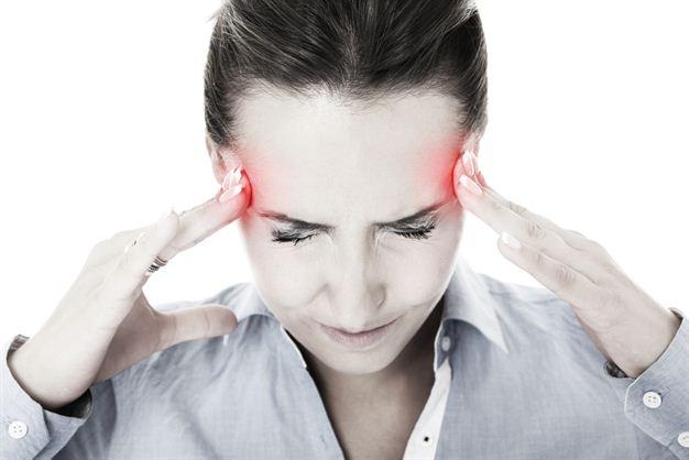 Медики: мигрень может вызвать паралич лицевого нерва