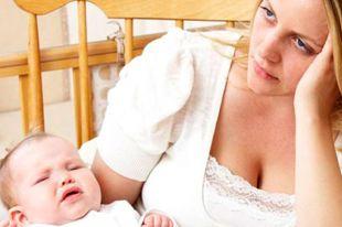 Послеродовая депрессия: как помочь молодой маме