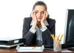 Минусы офисной работы: головная боль и проблемы с позвоночником