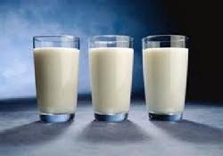 3 стакана молока в день – «магическая формула» для защиты от старческой деменции