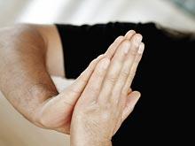 Руки человека расскажут о его психическом состоянии больше медкарты