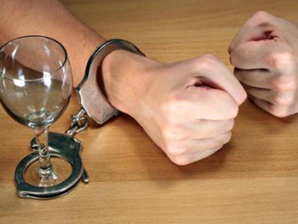 У алкоголиков редко бывают сердечные приступы
