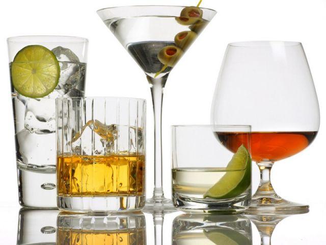 В чем опасность умеренного употребления алкоголя