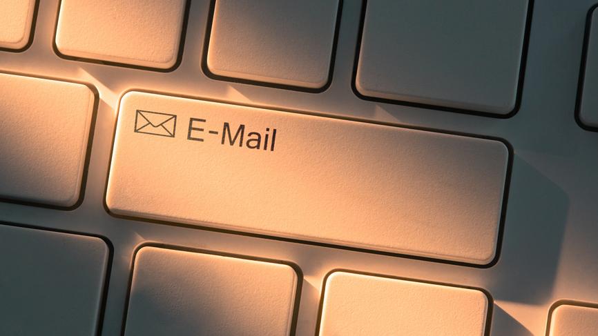 Проверять почту после работы опасно для психики