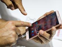 Опрос показал: люди не могут жить без смартфонов