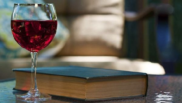 Хорошее образование повышает вероятность пьянства
