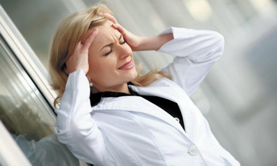 Стресс провоцирует пятна на коже