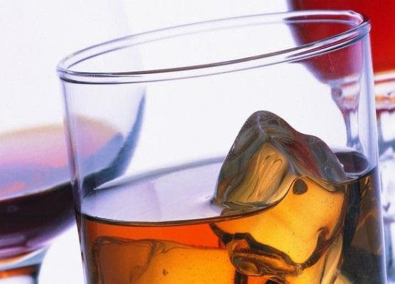 Ученые рассказали насколько алкоголь может быть опасным для мозга