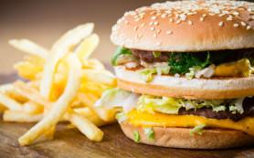 Питание в фастфудах нарушает психику