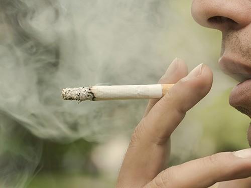 Курение ускоряет процесс старения мозга