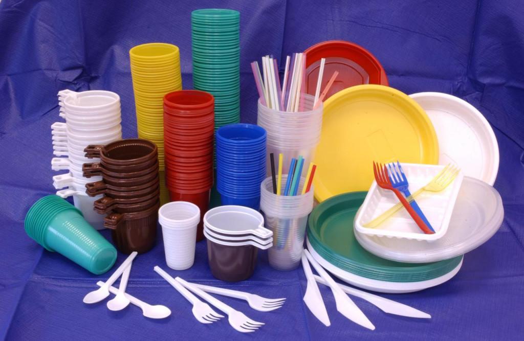Продукты в пластиковой посуде могут спровоцировать мигрень