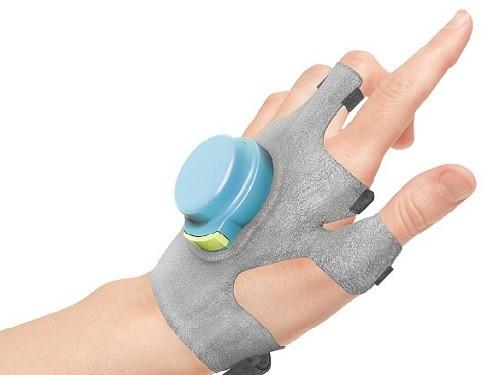 Перчатка GyroGlove поможет справиться с тремором при болезни Паркинсона
