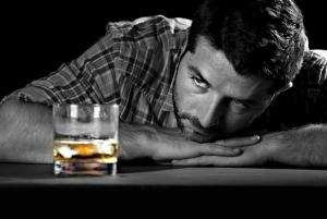 Пристрастие к марихуане ведет к алкоголизму – ученые