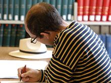 Хорошее образование и интеллектуальные нагрузки оградят от слабоумия