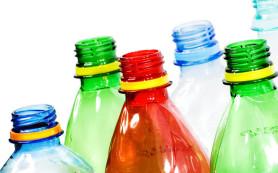 Ученые: напитки из пластиковых бутылок приводят к мигрени