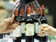 Спиртное вряд ли продлевает жизнь, заявляют независимые эксперты