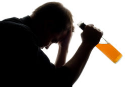 Брак защищает от алкоголизма
