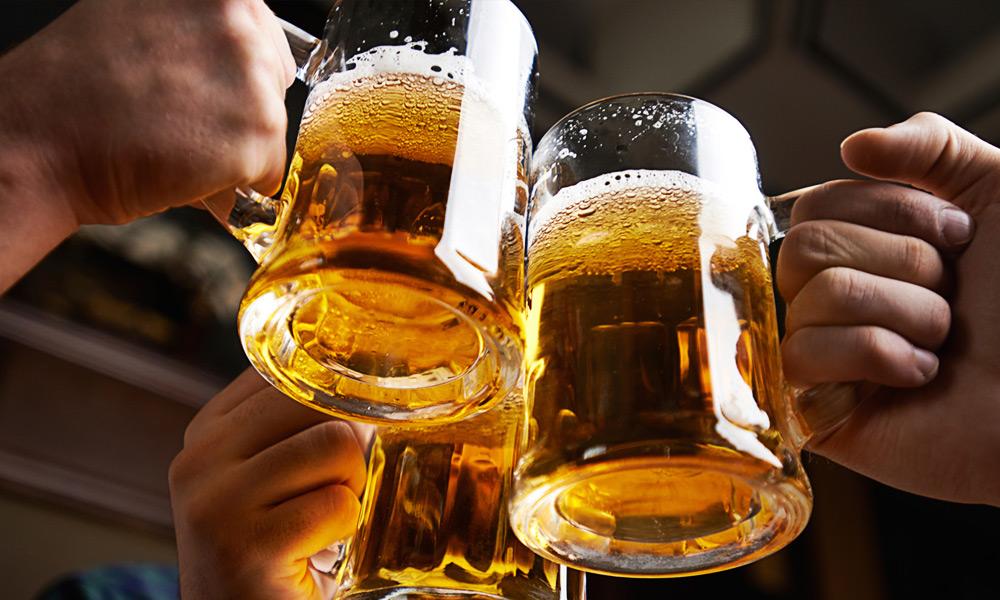Главный нарколог страны рассказал всю правду о вреде пива