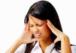 Авитаминоз как одна из причин мигреней у молодого поколения