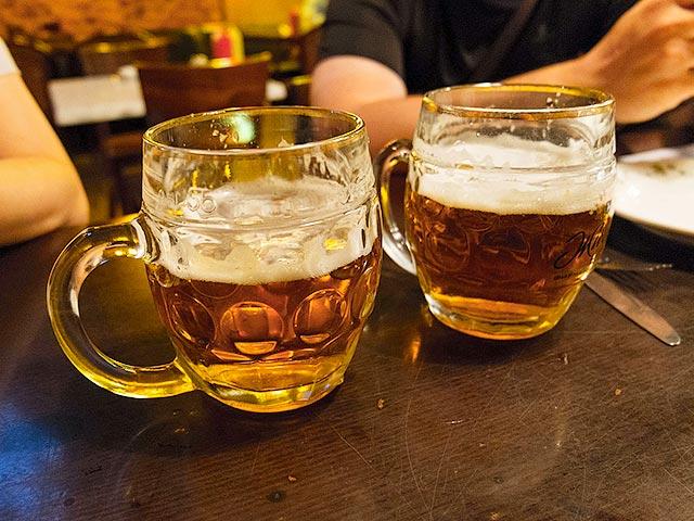 Эксперты советуют пить пиво, отказавшись от крепких напитков