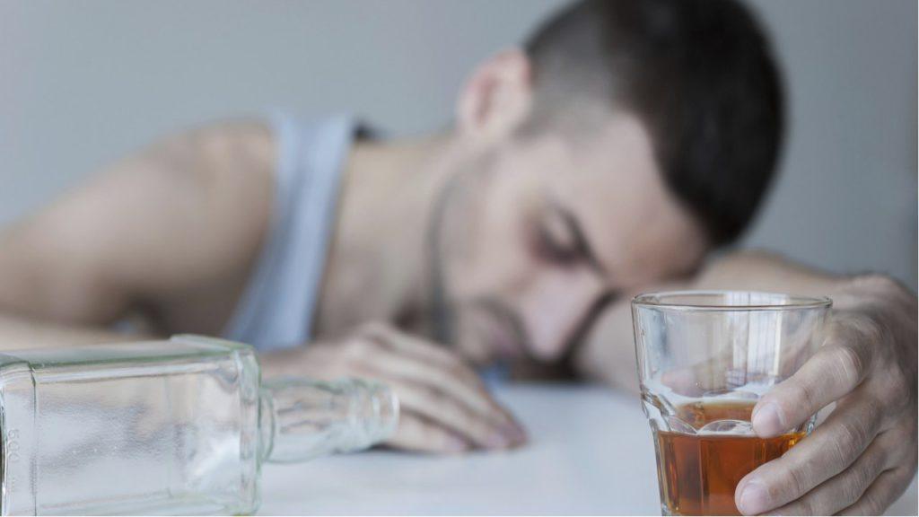 Новый препарат способен справиться с алкоголизмом