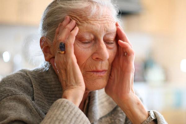 Нарушения обонятельной функции – предиктор риска развития болезни Альцгеймера