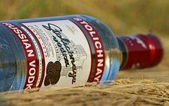 Россияне поддержали идею повышения возраста для продажи алкоголя