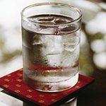 Открытие: обычная вода может сделать человека умнее