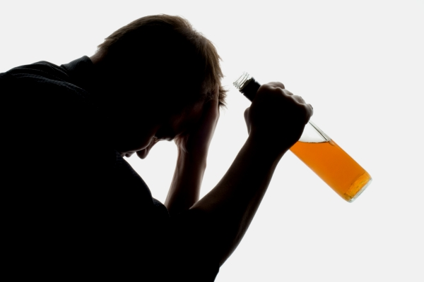 Алкоголизм и способы лечения без ведома больного