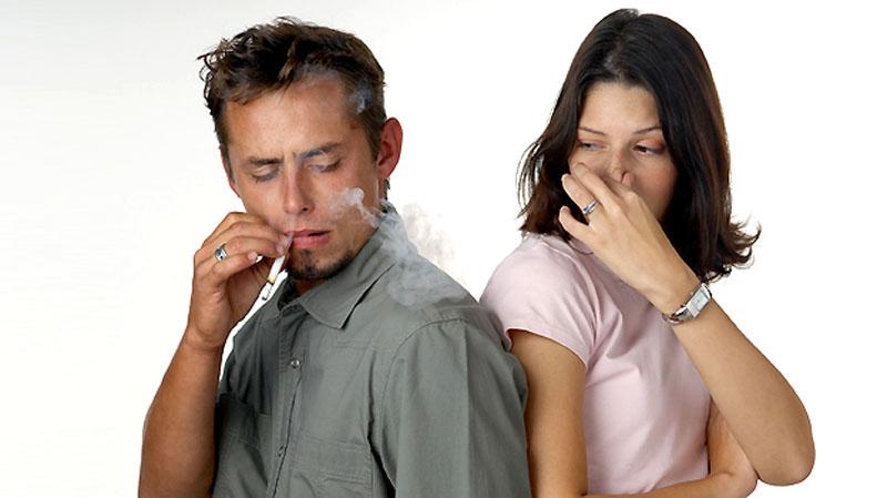 Пассивное курение увеличивает риск слабоумия