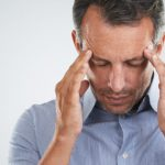 Головная боль в висках: причины от очевидных до невероятных