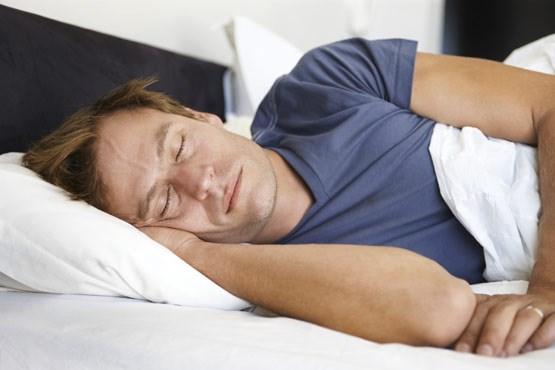 В стадии глубокого сна мозг успешно развивает моторные навыки