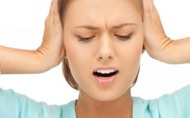 Хронический звон в ушах не дает мозгу человека отдыхать