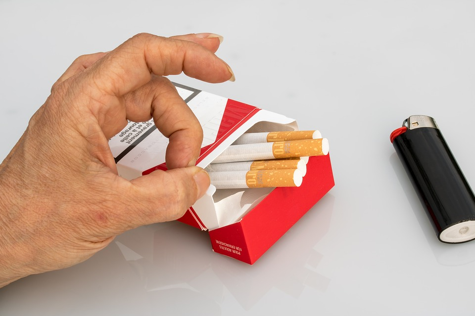 Курение — причина множества психологических проблем