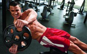 Занятия в спортзале для здоровья и красивой фигуры