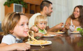 Семейные обеды улучшают здоровье детей