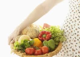 Диетологи подсказали, какие продукты стоит включить в весенний рацион
