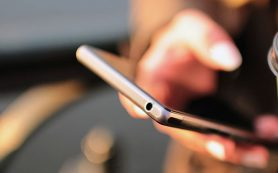 Ученые рассказали, почему использование смартфонов «убивает» мозг