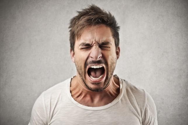 Кто агрессивнее — мужчины или женщины?