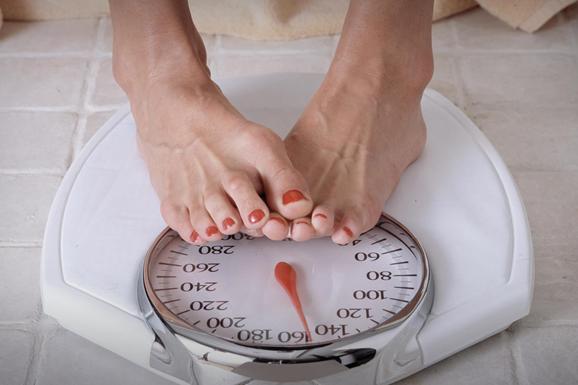 Плохой сон, постоянный стресс и еще 10 причин, почему вы никак не можете похудеть