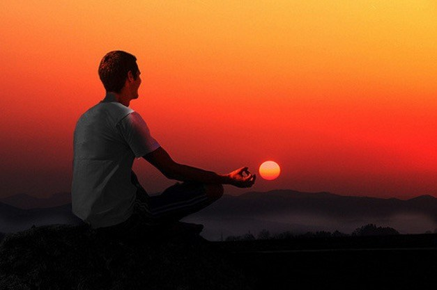 Почему осознанное дыхание сохраняет ваш мозг здоровым и молодым
